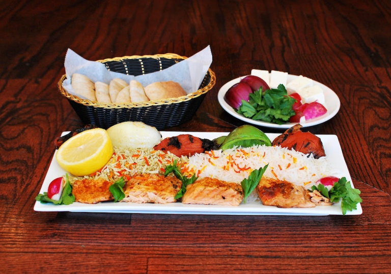salmon-kabab-rice-skewer-veggies