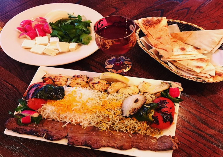 soltani-platter-rice-kabab-steak-veggies-pita-parcely